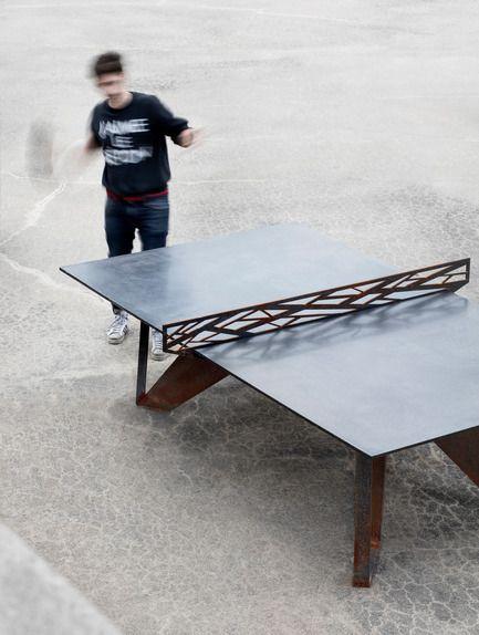 Maîtriser l'art fragile de la matière brute - AtelierB - Produit - Table Peco Mob - Crédit photo : Adrien Williams
