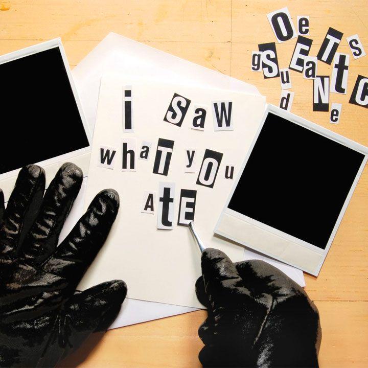 Elenco di frasi, aforismi e citazioni sui ricatti. Il ricatto emotivo è simile alla manipolazione, ognuno dovrebbe aspirare ad essere un individuo libero da ricatti e sensi di colpa.