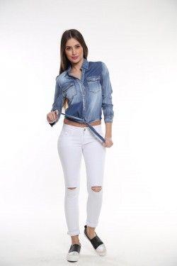 Jean πουκάμισο με λεπτομέρεια