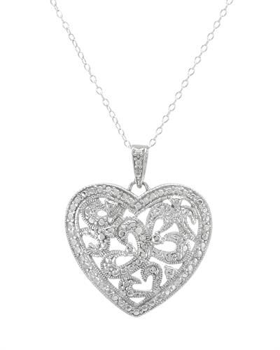 """Flott hjerteanheng i 925 Sterling sølv. Sølvkjedet følger med. Lengde: Ca 45,7 cm (18 """").  Anheng størrelse: Lengde: 26 mm. Bredde: 22 mm. Total vekt: 3,2 g. #sølvkjede #smykke #hjertesmykke #kjede #anheng #sølvhjerte #zendesign"""