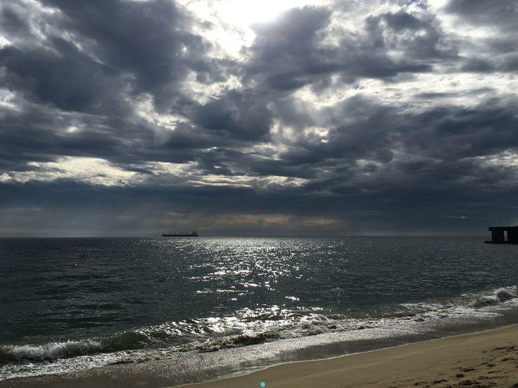 Playa después de lluvia, en #ViñadelMar