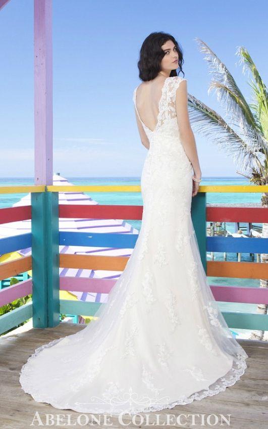 Brudekjole med brede stropper 3785 Sincerity  Prøv i butikk eller kjøp i nettbutikk  http://www.abelone.no/brudekjoler/bryllupskjoler/sincerity-brudekjoler