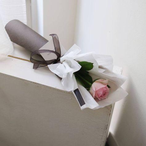 Flower Wrap Single Rose