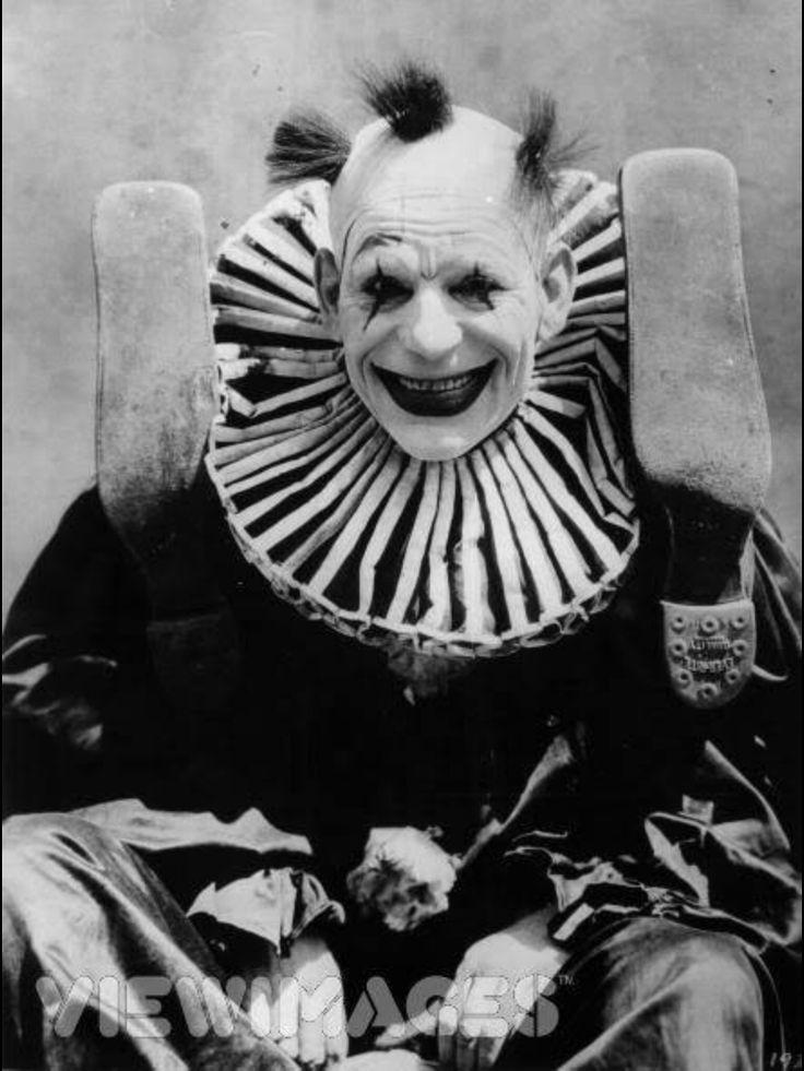 Clowns are fun.