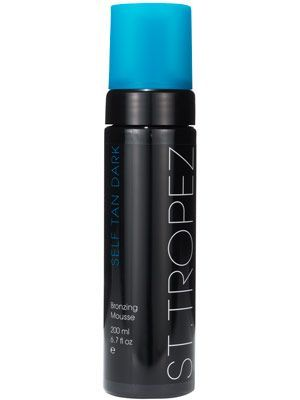 St.Tropez Self Tan Dark Bronzing Mousse - Be sure to use a mit for mess-free, non-streaky application