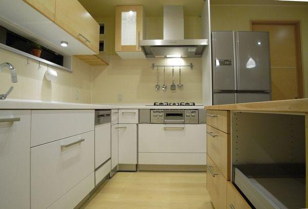壁付けキッチンL型
