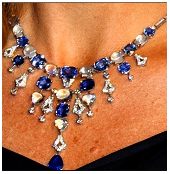 Queen Maxima's new necklace (sapphires, diamonds and possibly moonstones) worn on 11/30/2013. She's worn also a pair of matching earrings.