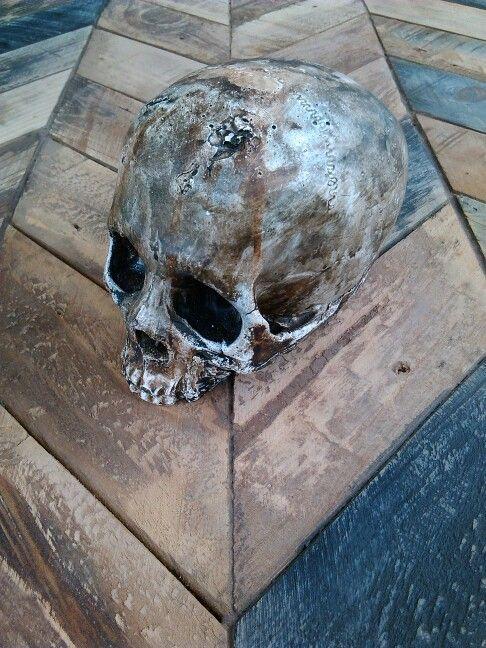 new handmade skulls n pallet tables coming soon