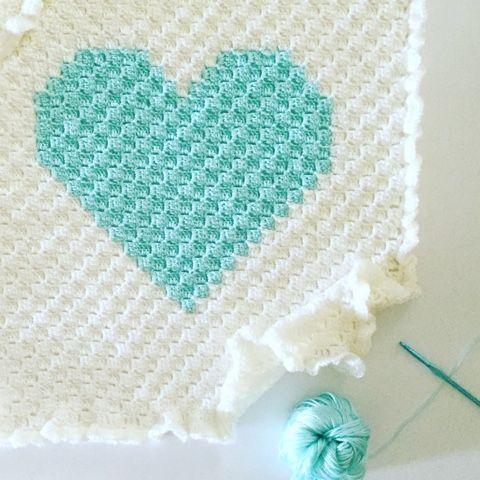 Daisy Farm Crafts: Corner to Corner Crochet Heart Blanket