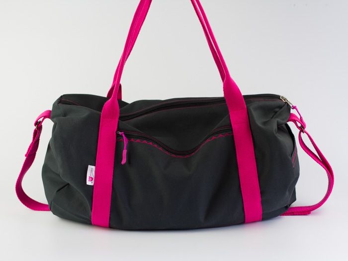 kostenlose DIY-Nähanleitung: Sporttasche // free sewing tutorial: dufflebag via DaWanda.com (In German)
