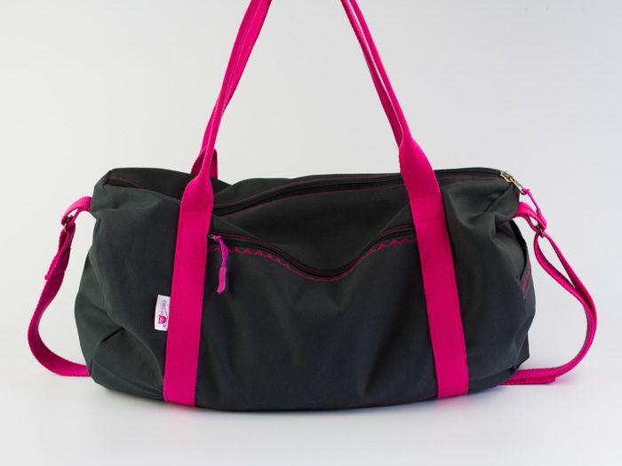 kostenlose DIY-Nähanleitung: Sporttasche // free sewing tutorial: dufflebag via DaWanda.com