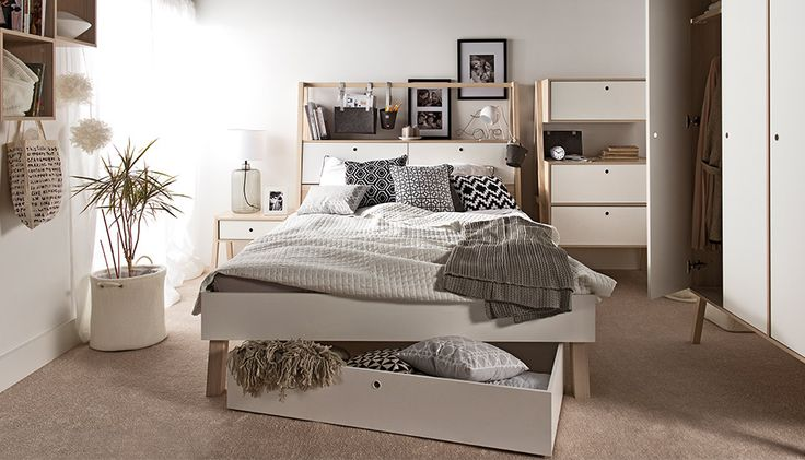 Meble VOX – w naszym serwisie znajdziesz m.in. meble młodzieżowe, dziecięce, komody, jadalnie, sypialnie, meble do pokoju, salonu, sypialni, jadalni, artykuły dekoracyjne, pokojowe.