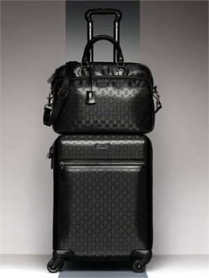 Best 25  Luggage shop ideas on Pinterest | Bags for college, Dorm ...