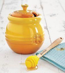 le Creuset honey jar: Lecreuset, Honey Pots Tea, Adorable Honey, Crucible, Sock Bun, 2011 03 31 Honeypot Jpg, Pots Honey