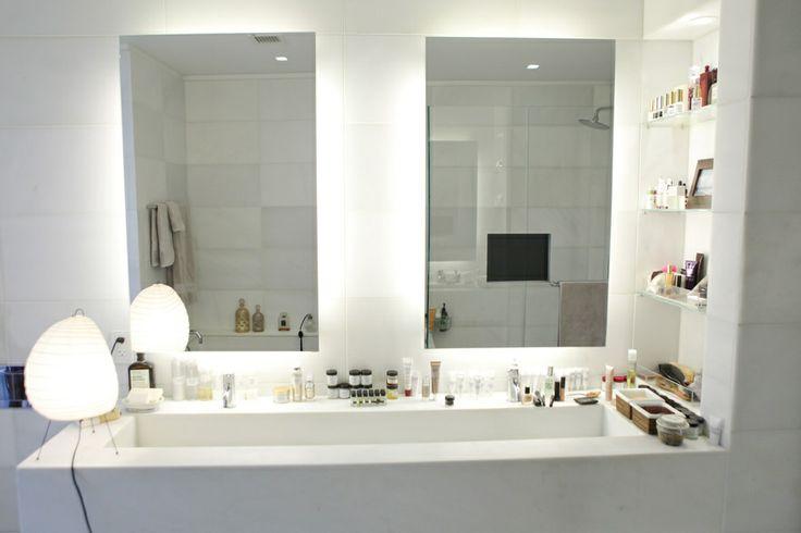 Dans la salle de bain de Mathilde Thomas http://www.vogue.fr/beaute/dans-la-salle-de-bain-de/diaporama/dans-la-salle-de-bain-de-mathilde-thomas/12407/image/739821#!4