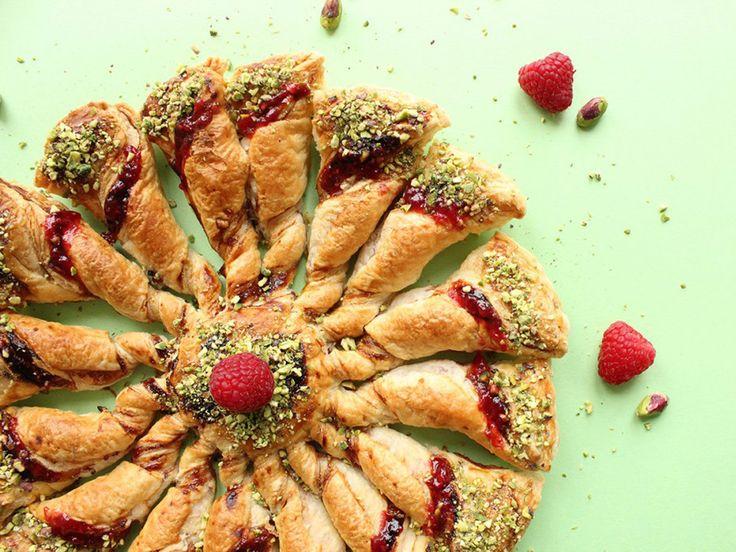 La tarte soleil est l'apéro convivial par excellence ! Simple et rapide à réaliser, il bluffera vos invités et les régalera !