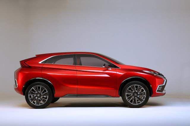 2018 Mitsubishi ASX EVO side
