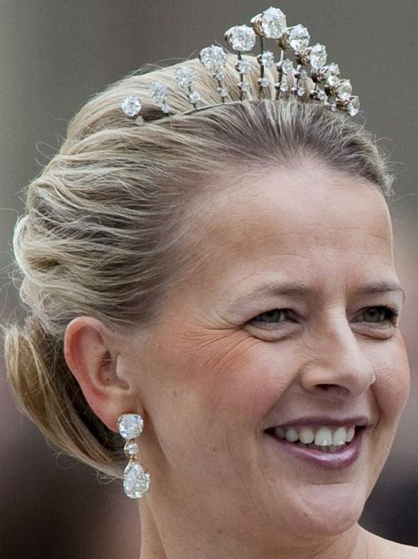 Princess Mabel of Orange-Nassau, wife of Prince Friso, wearing the Antique Necklace Tiara, The Netherlands (1888; diamonds).