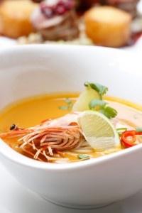 Odpowiadamy na pytanie czytelników: Jakie naczynia są potrzebne do stylizacji kulinarnych sesji zdjęciowych?