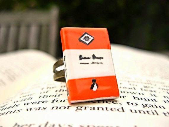Penguin book ring