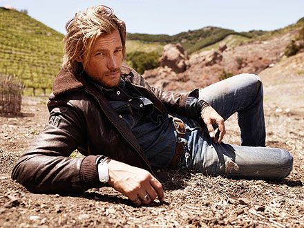 A jean scene by Halle Berry's former flame, Gabriel Aubry. My style of everyday wear (minus the under shirt)..