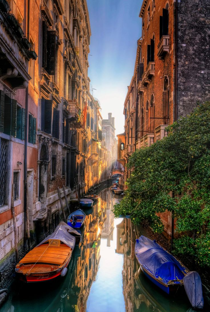 "Venice Italy If you like my work follow me on <a href=""https://www.facebook.com/pages/Richard-Beresford-Harris-Photography/282996585207411/"">Facebook</a>"