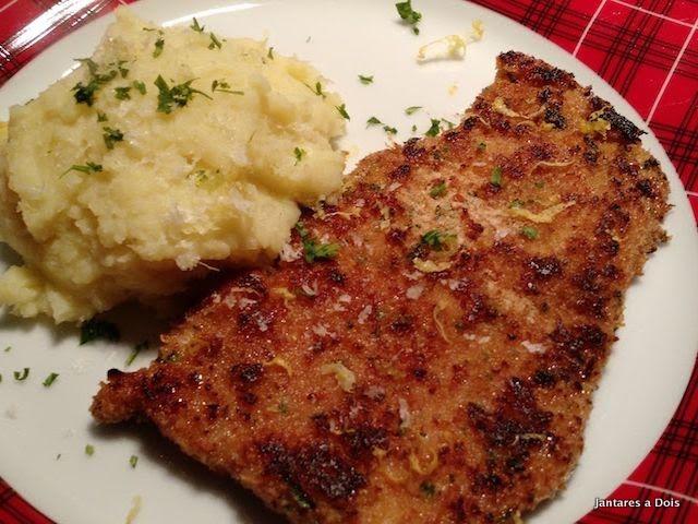 Schnitzel de Porco com PurÊ de Batata Doce