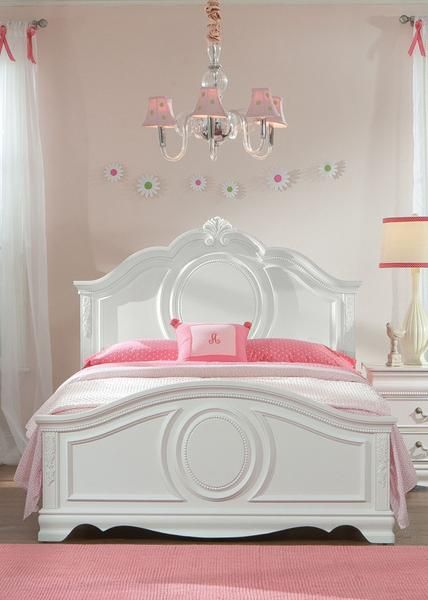 Best 25+ Young lady bedroom ideas on Pinterest | Bedroom ...