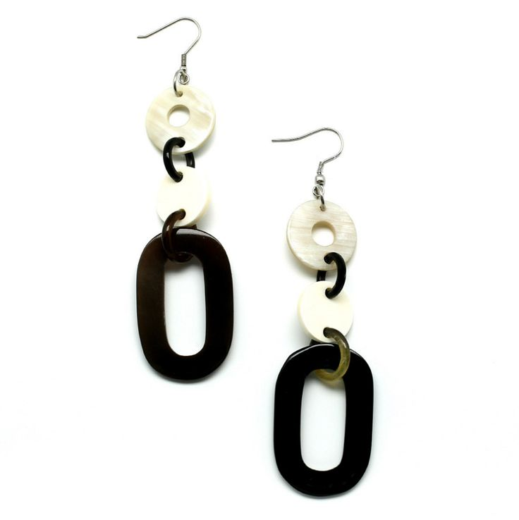 Gorgeous earrings made of buffalohorn. Watch our Buffalohorn jewelry collection now!