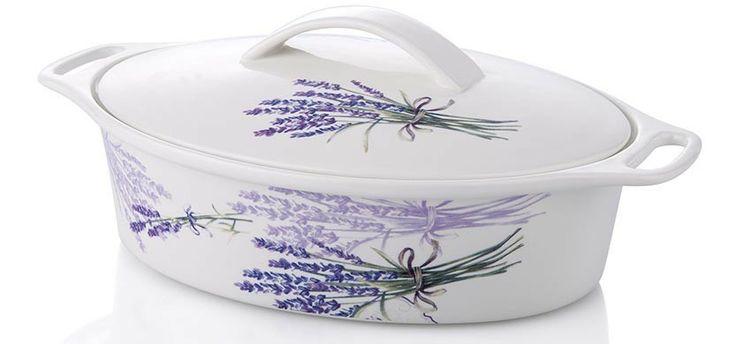Vas cu capac Lavender M, Noble Life. Este realizat din portelan si are baza foarte groasa care permite o distribuire perfecta a caldurii, fiind produs in conformitate cu cele mai ridicate standarde culinare.