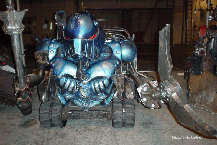 Google Image Result for http://images.wikia.com/robotwars/images/9/9d/SirKillalot.jpg