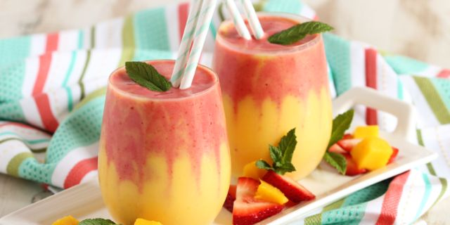The Perfect Mango Strawberry Smoothie Recipe to Start Your Summer Off Right