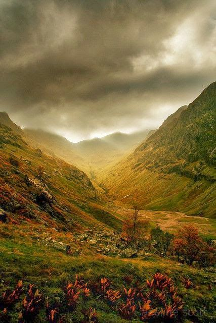 Glen Coe, Scotland hike walk mountains trail dark clouds you would think it was lord of the rings :)