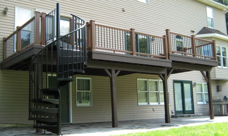 Best 25 high deck ideas on pinterest deck railings diy for Best builders workshop deck