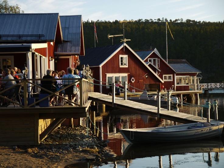 S/Y Dolphin Dance sailing blog | a Finnish Hallberg-Rassy 29 sailing in the Northern Europe: Skrubban & Norrfällsviken
