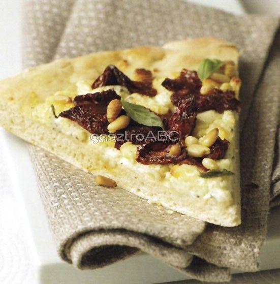 Fokhagymás, sajtos pizza | Receptek | gasztroABC