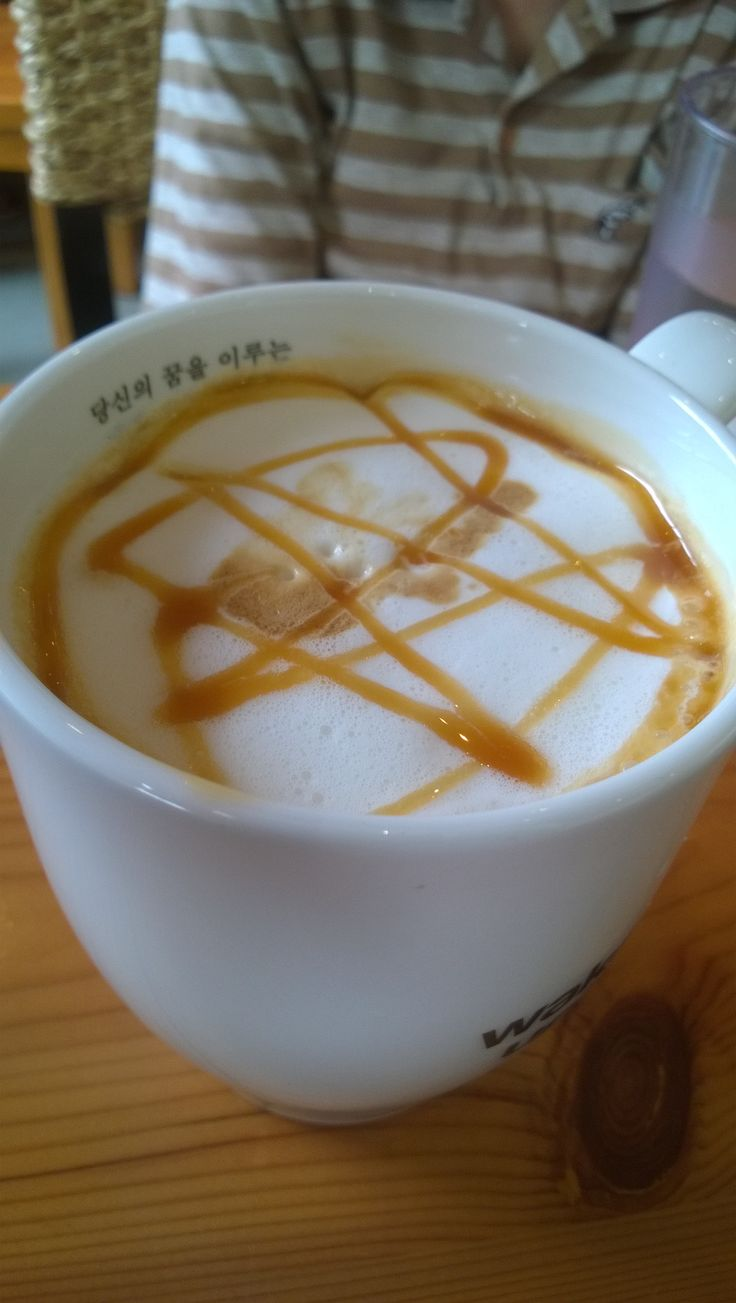 #CaramelMacchiato that is over sweet and doesn't taste like coffee... #Caffebene #JayaOne #Cafe