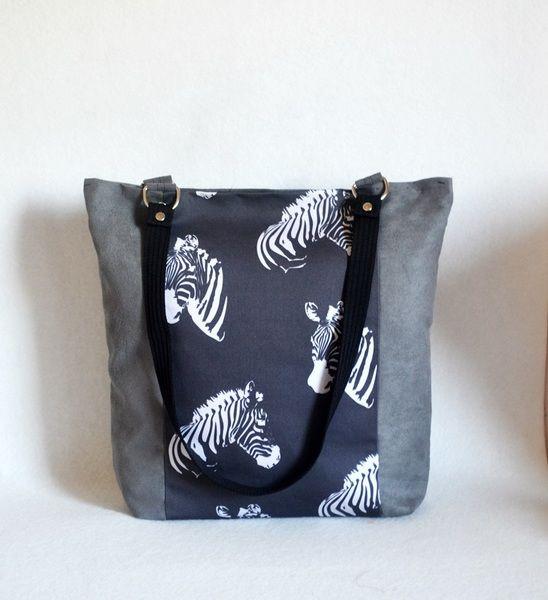 Energetyczna torba  na ramię  z zamszu Zebry w UniQueBags na DaWanda.com