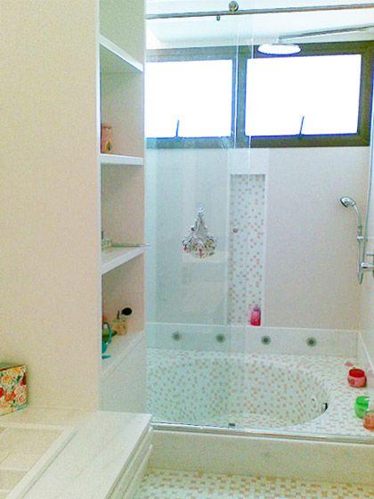 Nove banheiros projetados e decorados para crianças por membros do CasaPro - Casa