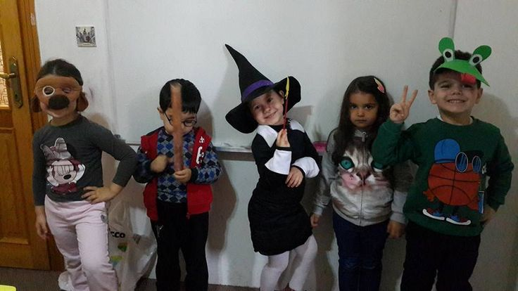 ROOM ON THE BROOM Role-play...