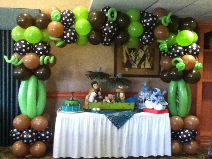 69 best images about balloons jungle safari on for Baby shower safari decoration