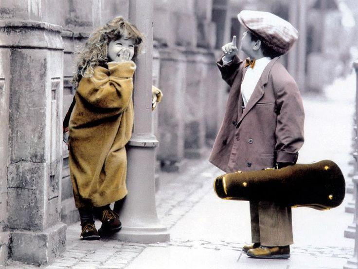 man muss manchmal von einem Menschen fortgehen, um ihn zu finden. sometimes you have to go away from a friend to find him❥