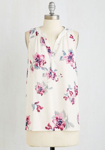Horizon the Prize Top in Sunrise - White, Floral, Print, Casual, Sleeveless, Woven, Good, V Neck, Mid-length