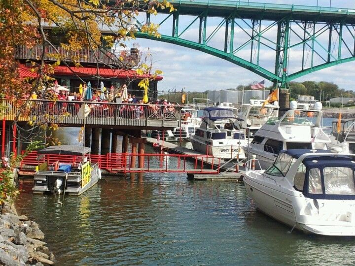Knoxville Tennessee.  Calhons on the River.  Would eat here all the time!