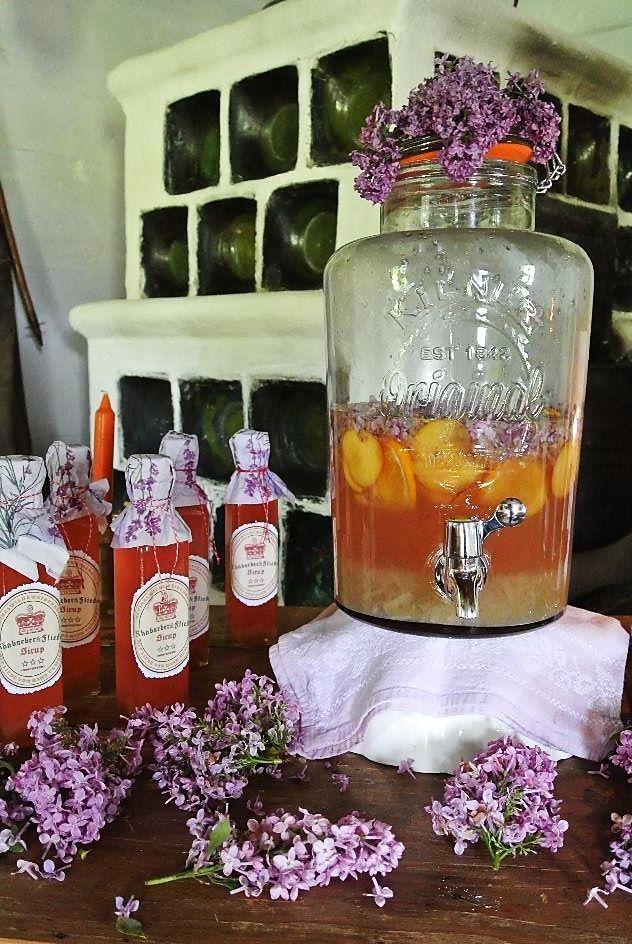 Rhabarber-Flieder Limonade