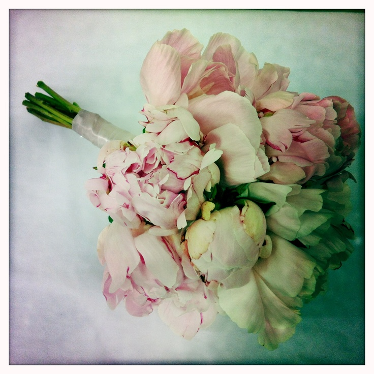 www.flowerjar.com.au  Ivory and pink Peony rose bouquet