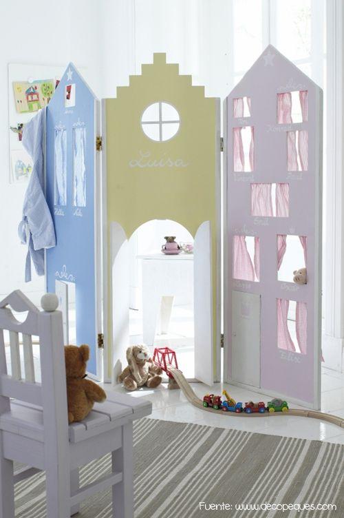 """Para un dormitorio infantil, biombo que permite """"entrar en el mundo de la fantasía""""."""