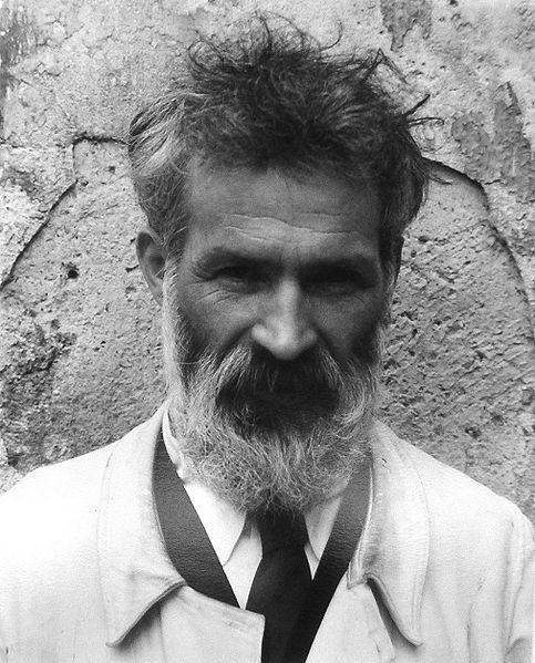 Constantin Brancusi, photograhed by Edward Steichen in 1922.