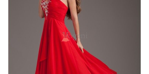 Arrive in style at every event in a stunning evening dress and leave everyone amazed with your grace and style. An essential part of every woman's wardrobe evening dresses are synonym with elegance and grace. Soft and flowy gowns in varied colours are great to make an unforgettable style statement.