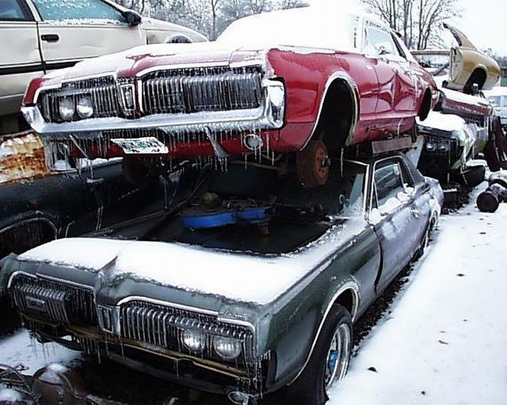 726 best rusted rides images on pinterest barn finds abandoned cars and abandoned vehicles. Black Bedroom Furniture Sets. Home Design Ideas